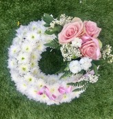 Pink Massed Wreath