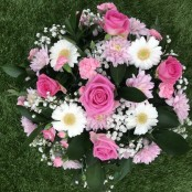 Pink and White Sypathy posy pad